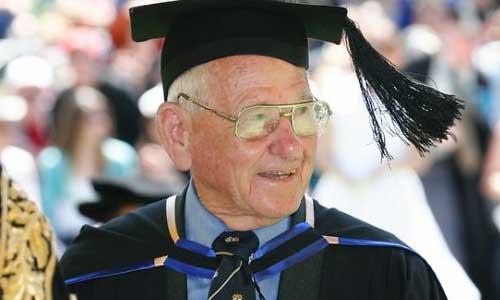 Üniversitede Her Yaştan Öğrenciler Var
