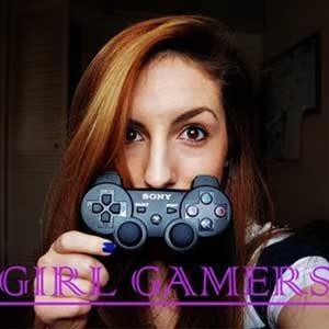 Kız Bilgisayar Oyuncuları