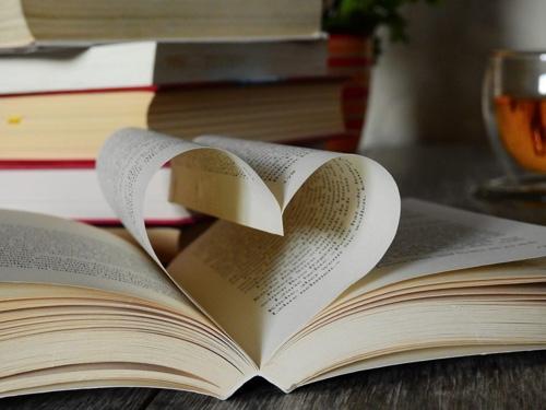 Kitap Okumanın Birçok Faydası Vardır