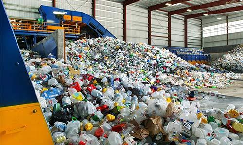 Plastikte Geri Dönüşüm Şart